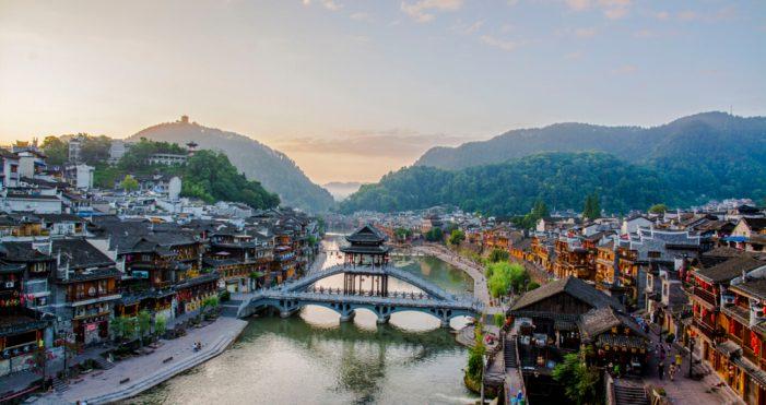 中国最美的40个旅游景点 – 湖南凤凰