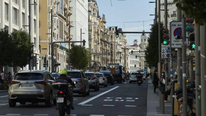 卫生部考虑将隔离期缩短至10天 马德里封城越早越好